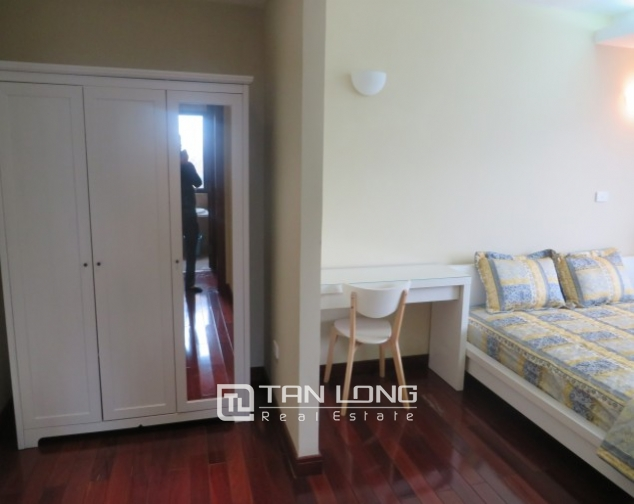 Stunning 2 bedroom apartment to rent in Hai Ba Trung, Hoan Kiem district, full of modern furniture 9