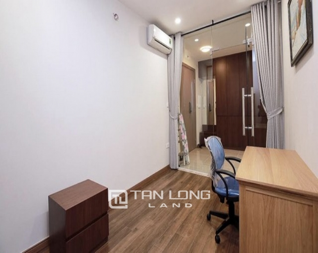 Stunning golf view 3 bedroom apartment for rent in L tower The Link Ciputra 10