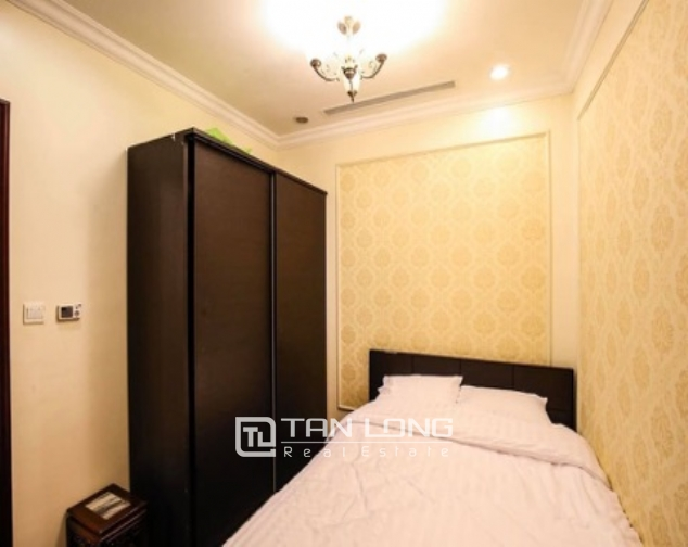 Stylish 2 bedroom apartment for rent in Royal City 6