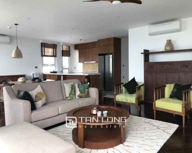 Super awesome apartment for lease in Xom Chua, Dang Thai Mai street, Tay Ho distr 1