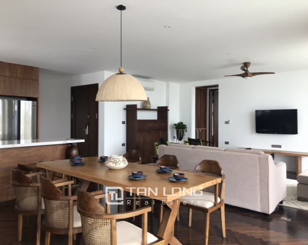 Super awesome apartment for lease in Xom Chua, Dang Thai Mai street, Tay Ho distr 3