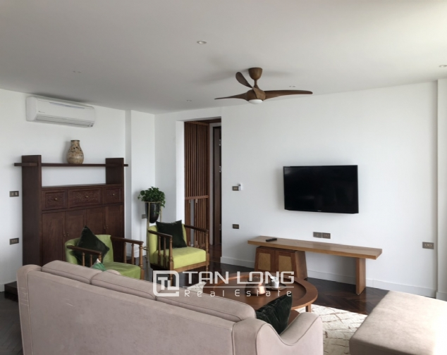 Super awesome apartment for lease in Xom Chua, Dang Thai Mai street, Tay Ho distr 4