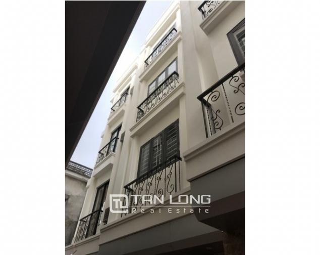 Super brand new 3 bedroom house for rent in Ngoc Thuy street Long Bien district near Old quater 1
