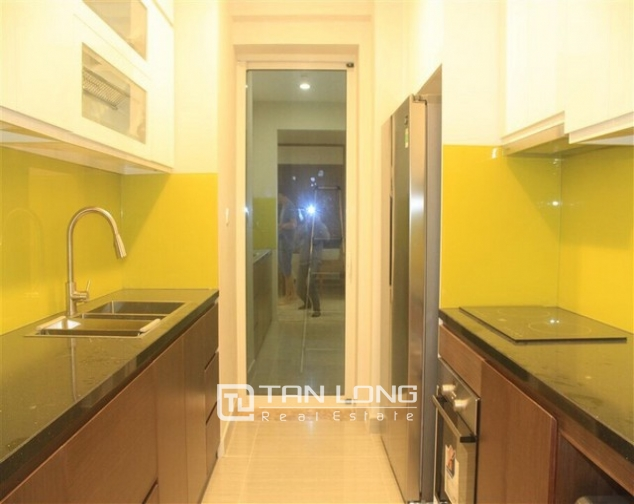Super brand new and full furnished 3 bedroom apartment for rent in L3 buidling, Ciputra, Ha Noi 2