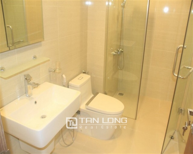 Super brand new and full furnished 3 bedroom apartment for rent in L3 buidling, Ciputra, Ha Noi 5