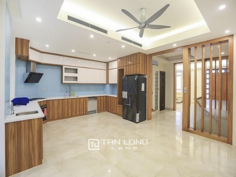 Super brand new villa for rent in K5 zone Ciputra Tay Ho Ha Noi 1