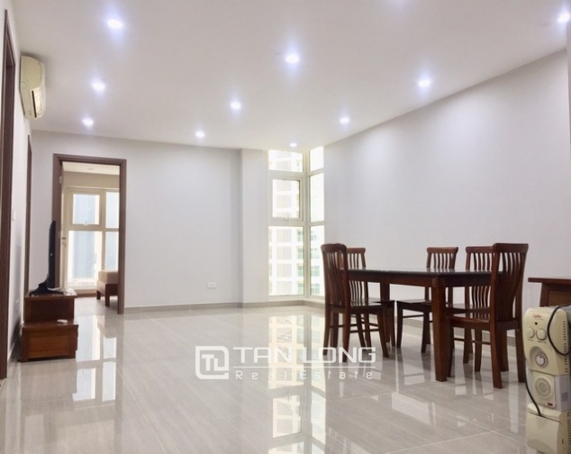 Super brandnew and modern 3 bedroom apartment for rent in L3 The Link Ciputra 2