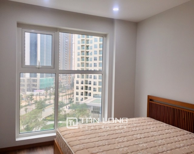 Super brandnew and modern 3 bedroom apartment for rent in L3 The Link Ciputra 6