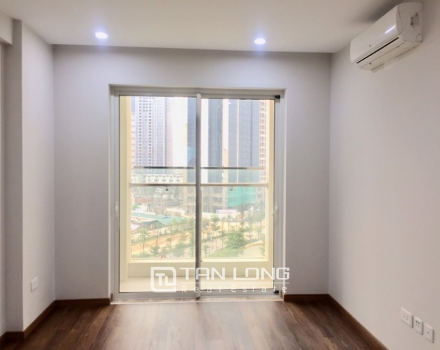 Super brandnew and modern 3 bedroom apartment for rent in L3 The Link Ciputra 7