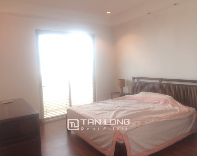 SUPER bright and cozy 4 bedroom apartment for rent with full furnishing in E5 building, Ciputra, Ha Noi 8