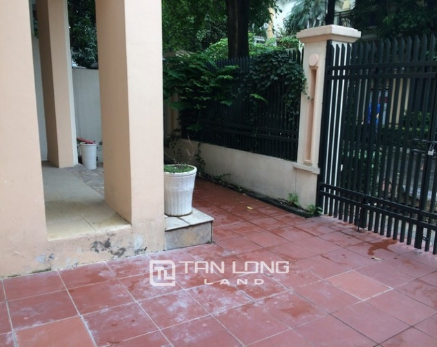 Super bright and modern villa for rent in D1 zone Ciputra urban area 3