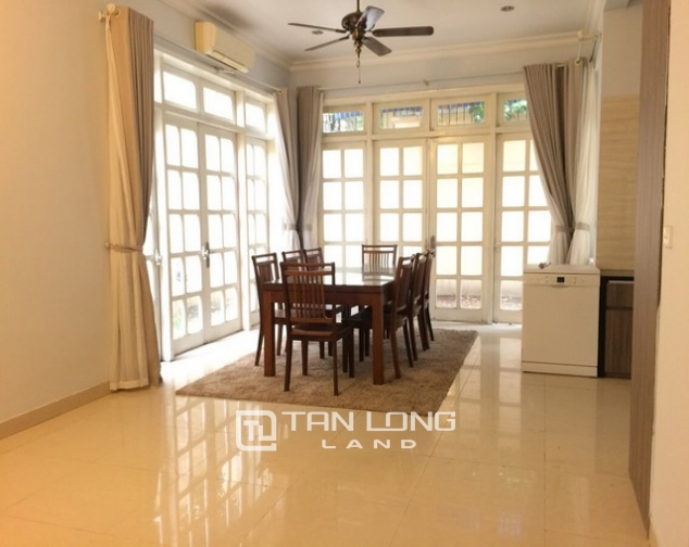 Super bright and modern villa for rent in D1 zone Ciputra urban area 4