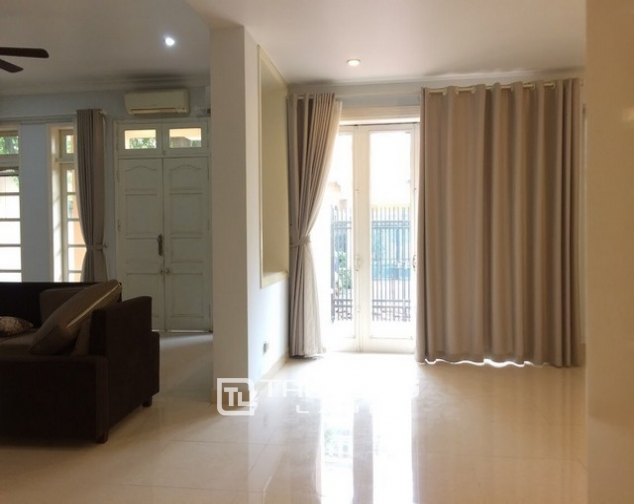 Super bright and modern villa for rent in D1 zone Ciputra urban area 5