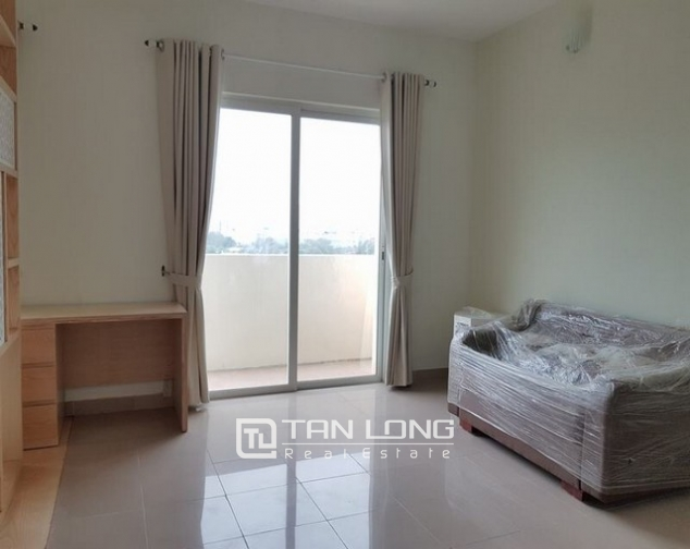 Super bright and new 3 bedroom full furnished apartment for rent in E1 building, Ciputra 2