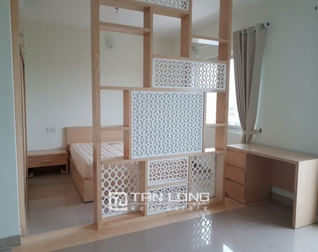 Super bright and new 3 bedroom full furnished apartment for rent in E1 building, Ciputra 5