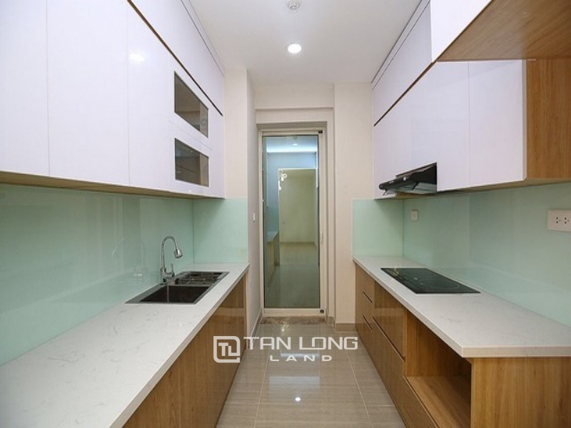 Super new and modern 3 bedroom apartment for rent in L3 tower The Link Ciputra Tay Ho 1