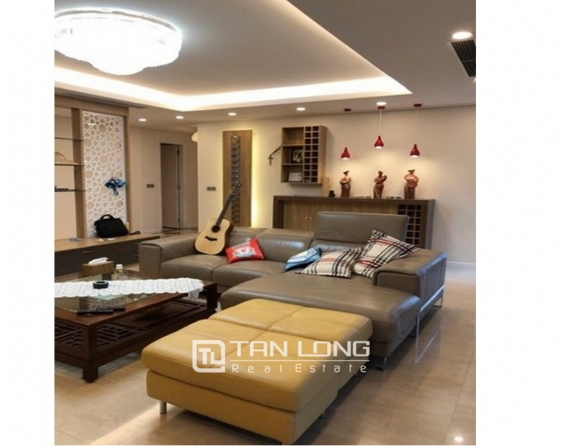 Super new and modern 3 bedroom apartment for sale in L2 buidling, Ciputra, Ha Noi 2