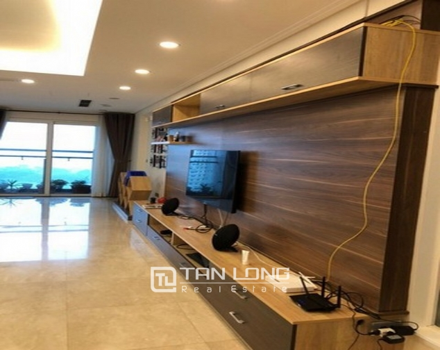 Super new and modern 3 bedroom apartment for sale in L2 buidling, Ciputra, Ha Noi 3