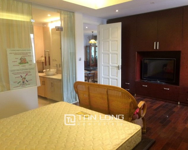 Super new and modern 4 bedroom fully furnished apartment for rent in E4 building, Ciputra 4