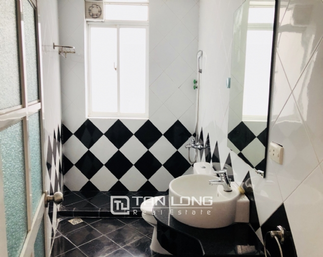 Super nice and brand new apartment in Tu Hoa street, Nghi Tam village, Tay Ho district! 4