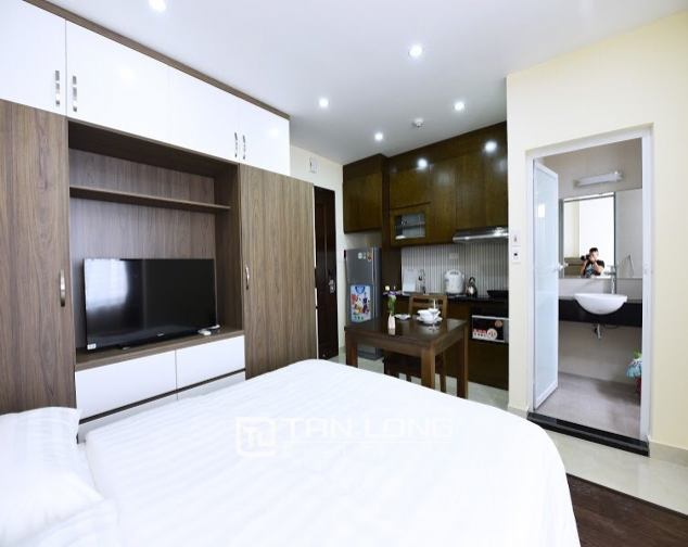 Super nice service apartment design studio for rent in Hoang Quoc Viet, Cau Giay district, Hanoi 4