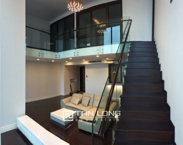 Superb duplex apartment for rent in Hoang Thanh building, Mai Hac De street 2