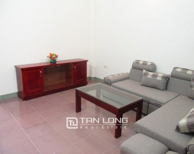 The house for rent on Tran Quoc Toan, Hoan Kiem 2