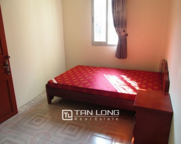 The house for rent on Tran Quoc Toan, Hoan Kiem 7