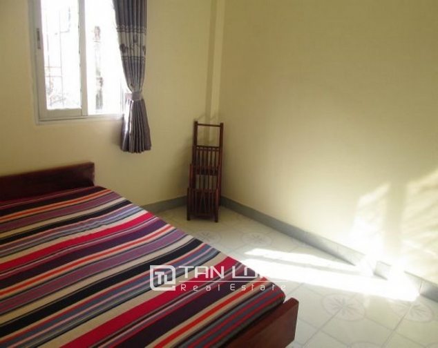 The house for rent on Tran Quoc Toan, Hoan Kiem 9