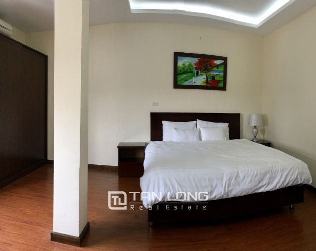 The peaceful apartment in Au Co Street, Tay Ho dist., Hanoi for rent. 6