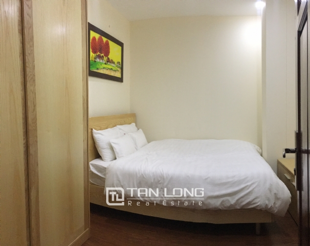 The peaceful apartment in Au Co Street, Tay Ho dist., Hanoi for rent. 8