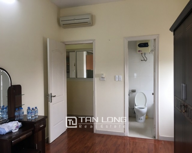 The serviced apartment full furniture for rent in Lac Long Quan street, Tay Ho dist 4