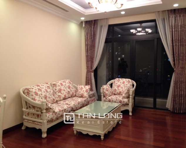 Timber floor 2 bedroom apartment for rent in R2 Vinhomes Royal City, Hanoi 1