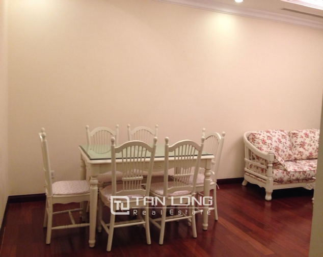 Timber floor 2 bedroom apartment for rent in R2 Vinhomes Royal City, Hanoi 6