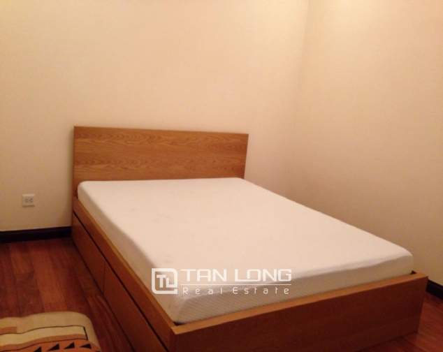 Timber floor 2 bedroom apartment for rent in R2 Vinhomes Royal City, Hanoi 7