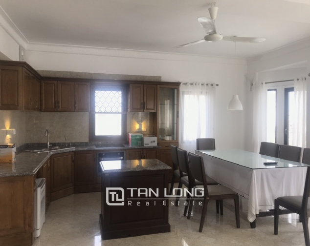 Triplex apartment for rent on Dang Thai Mai street, Tay Ho district 4