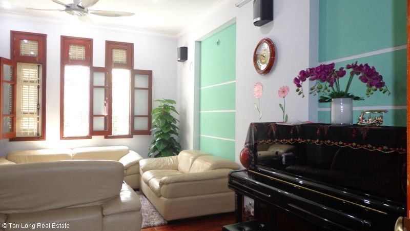Unfurnished modern house to lease on Thuy Khue, Tay Ho Dict. 5
