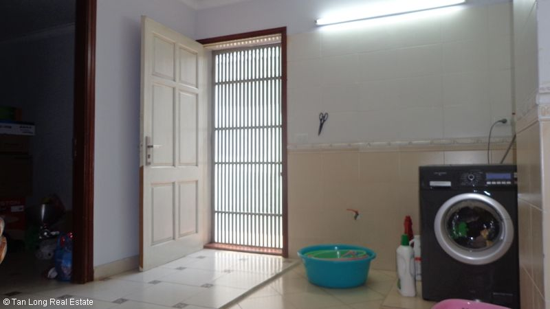 Unfurnished modern house to lease on Thuy Khue, Tay Ho Dict. 7