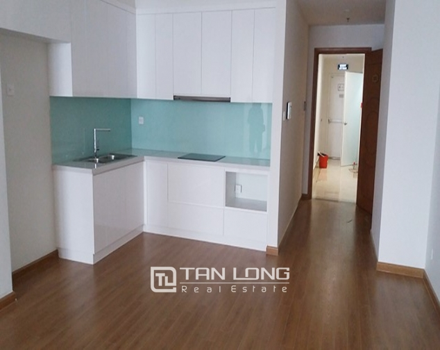 Vacant 3 bedroom apartment for rent in R6, Vinhomes Royal City, Hanoi 1