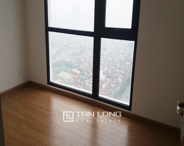 Vacant 3 bedroom apartment for rent in R6, Vinhomes Royal City, Hanoi 6