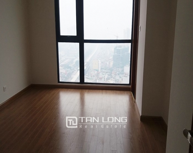 Vacant 3 bedroom apartment for rent in R6, Vinhomes Royal City, Hanoi 7