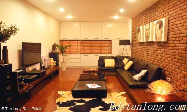 Very modern and well furnished house, nearby Hoa Binh park, in Tu Liem district 3