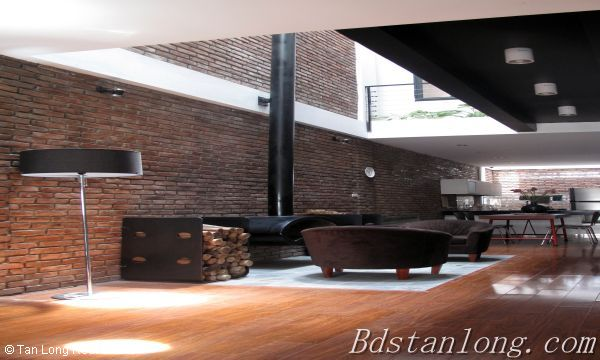 Very modern and well furnished house, nearby Hoa Binh park, in Tu Liem district 6