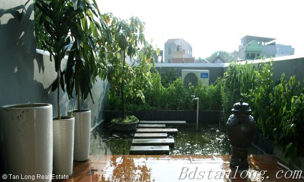 Very modern and well furnished house, nearby Hoa Binh park, in Tu Liem district 2