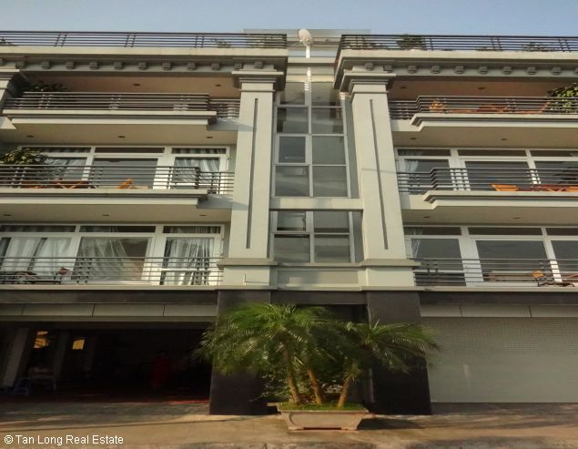 Very nice Serviced apartment for rent in Au Co street, Tay Ho district. 1