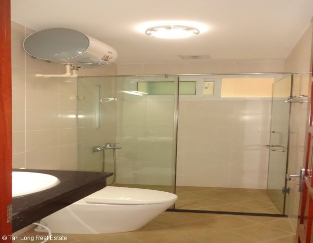 Very nice Serviced apartment for rent in Au Co street, Tay Ho district. 6