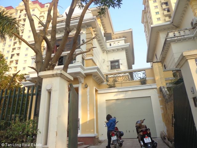 Villa beautiful for rent in Ciputra, Tay Ho dist, Ha Noi. 1