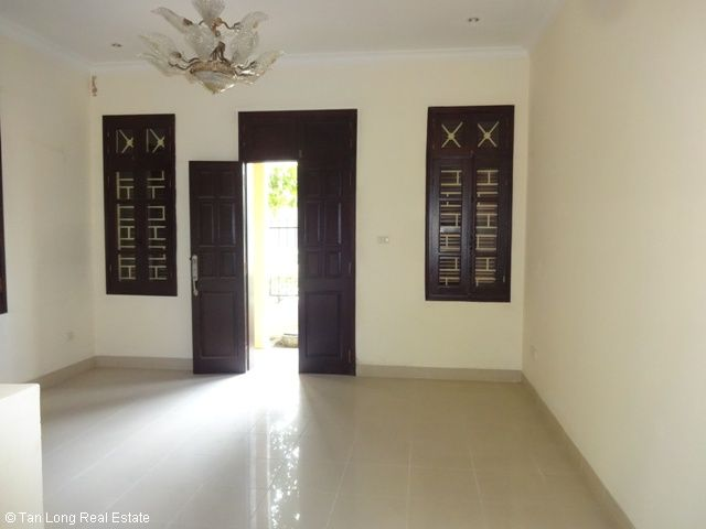 Villa beautiful for rent in Ciputra, Tay Ho dist, Ha Noi. 7