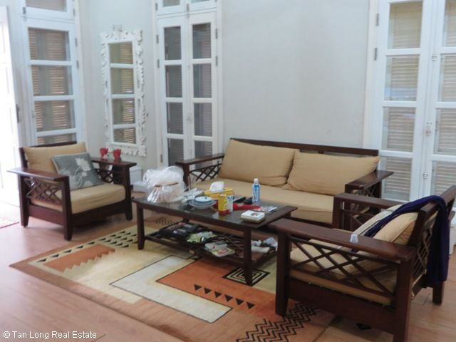 Villa for cheap-price rent with 4 bedrooms in T9 Ciputra, Tay Ho district, Ha Noi 2