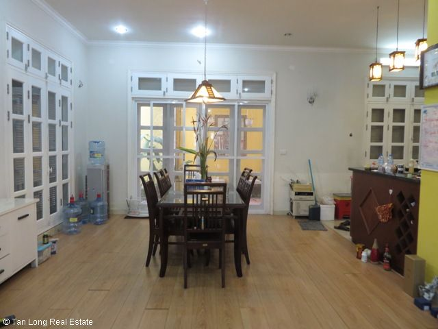 Villa for cheap-price rent with 4 bedrooms in T9 Ciputra, Tay Ho district, Ha Noi 4